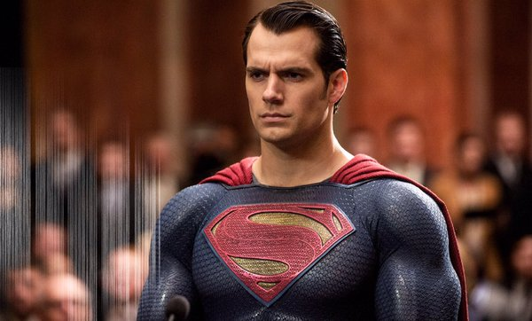 Batman v Superman: Adaletin Şafağı Henry Cavill