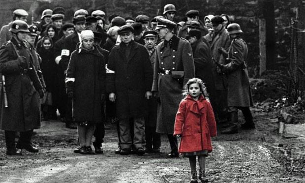 Schindler'in Listesi Kırmızı Mantolu Kız