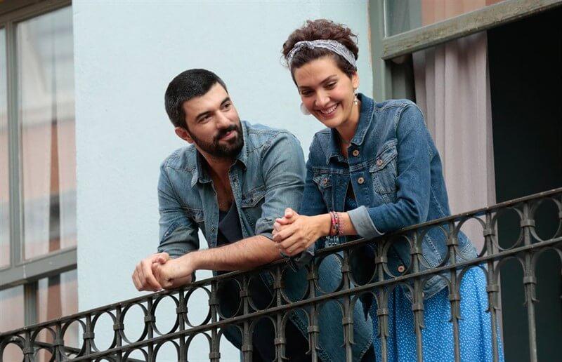 Bir Aşk İki Hayat Engin Akyürek Bergüzar Korel