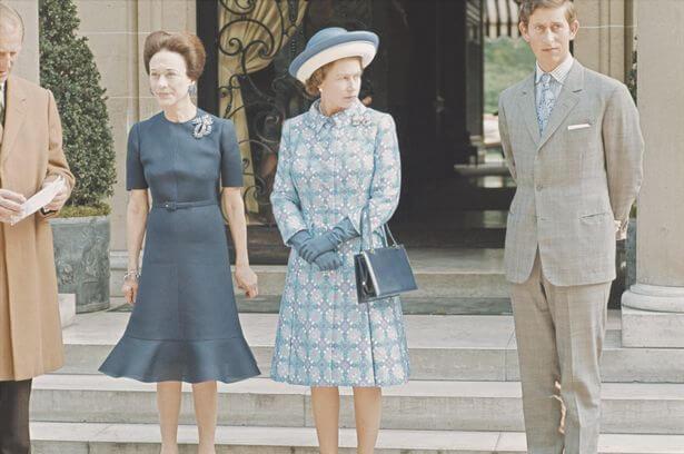 Kraliçe Elizabeth Prens Charles