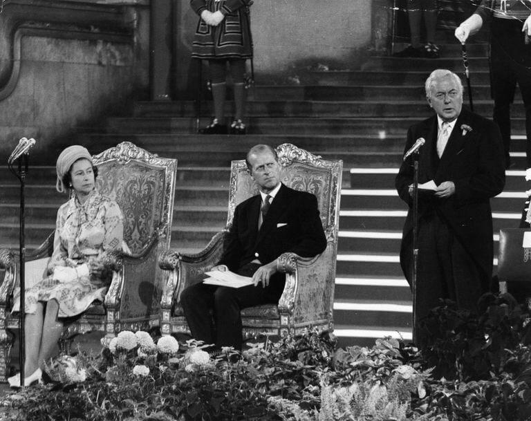 Harold Wilson Kraliçe Elizabeth Prens Philip