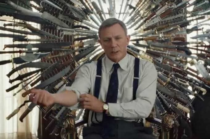 Knives Out Daniel Craig