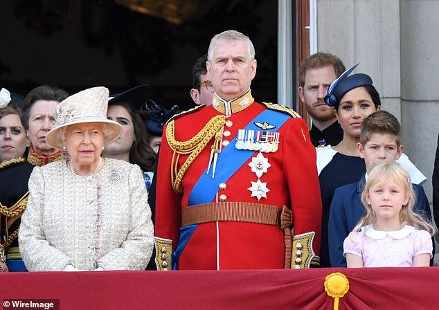Kraliçe Elizabeth Prens Andrew