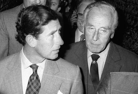 The Crown Lord Mountbatten Prens Charles