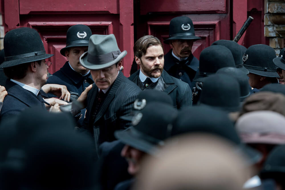 The Alienist Daniel Brühl Luke Evans